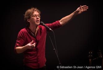 Fred Pellerin en spectacle à la salle Wilfrid-Pelletier de la Place-des-Arts, à Montréal, Québec, Canada, le jeudi 25 février 2016. SÉBASTIEN ST-JEAN/AGENCE QMI